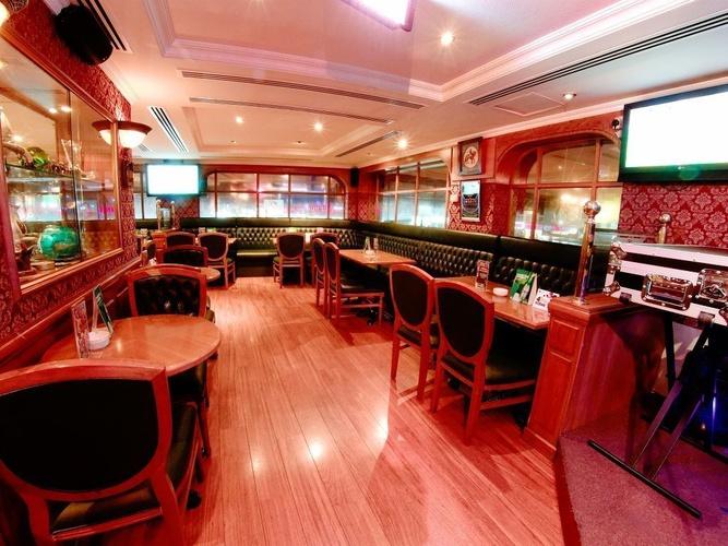 Pub ingles Sherlock Holmes Arabian Courtyard Hotel & Spa Bur Dubai
