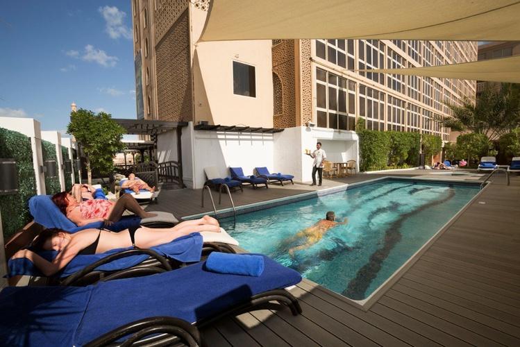 Piscina Arabian Courtyard Hotel & Spa Bur Dubai